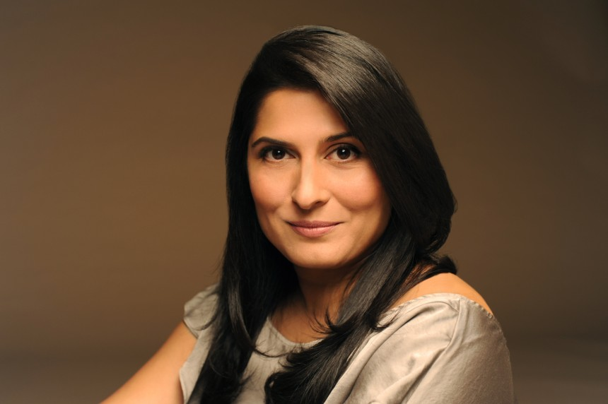 Sharmeen_Obaid_Chinoy_Profile_Image_Coloured_Photo_Credit_Bina_Khan